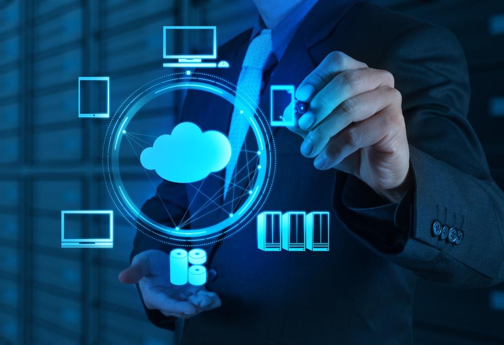 Engineer working with Cloud Computing