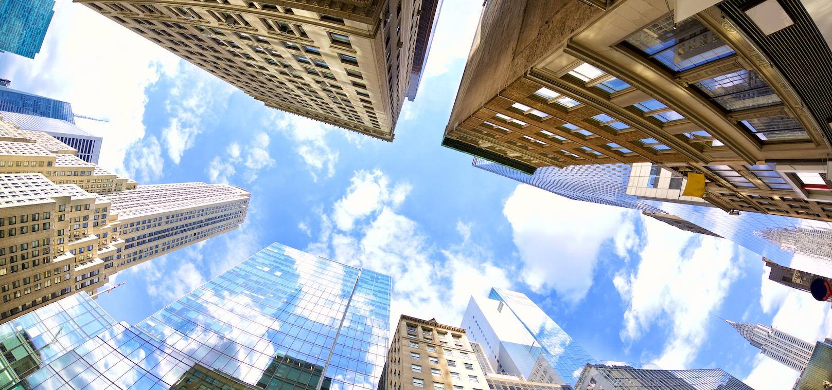 midtown-manhattan-skyscrapers-PVMVN9Y-1.jpg
